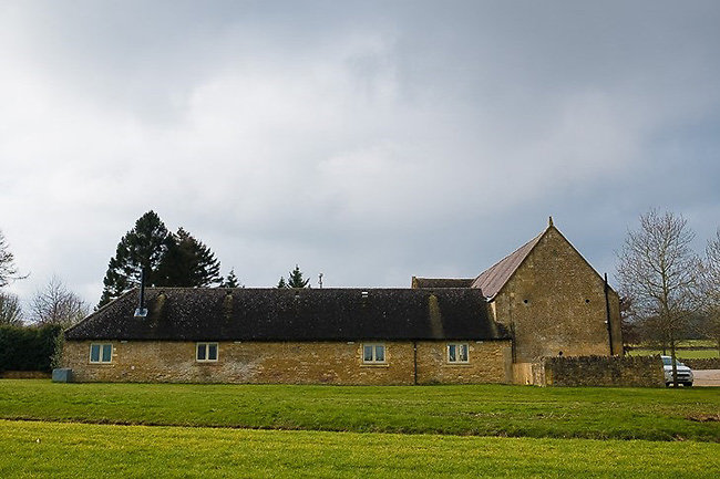 LAPSTONE BARN. content-completed-lapstone